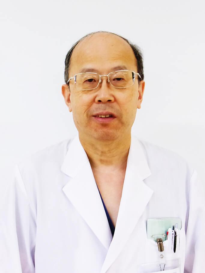 内科部長 塩川 左斗志医師